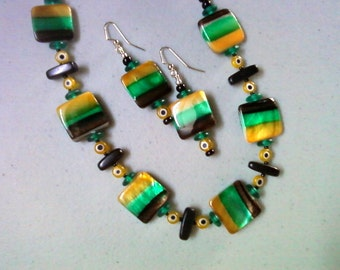 Black, Green and Yellow Necklace and Earrings (0640)