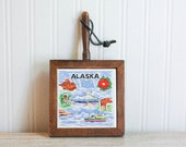 Alaska Souvenir Tile, Alaskan Souvenir, Vintage Souvenir, Vintage Alaska, Kitchen Tile, Mini Cutting Board, Travel Alaska, Blue and White