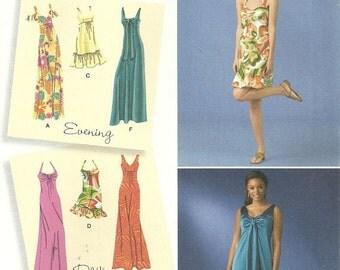 Evening Length or Day Dress Sundress Halter Neck V Neck Sweetheart Neckline Simplicity 2582 Uncut FF Sz 6 -14 Bust 30.5 - 36 Sewing Pattern