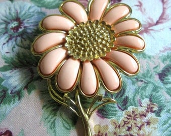 Vintage 1970s Brooch Coro Peach Thermoset  Gold Tone 70s Signed Pin