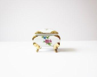 Vintage Little Porcelain Chest, Miniature Trinket Box, Vintage Ceramic Ring Box, Child Size Jewelry Box, Tiny Porcelain Dollhouse Trunk