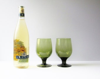 Moss Olive Green Wine Glasses - Mid Century Glassware - Vintage Hand Blown Glass - 1960s Barware - Mod Retro Stemware - Toasting Glasses