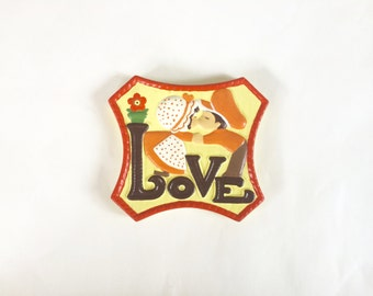 Vintage 1970s ceramic kitsch / retro holly hobbie LOVE wall hanging