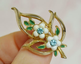 Vintage Leaf and Flowers Brooch with Plastic Petals and Rhinestones