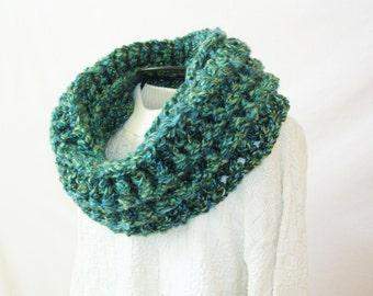 Bulky Crochet Scarf - Cowl Neckwarmer - Boho Infinity Scarf - Warm Winter Scarf Blue