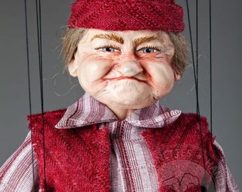 Old Lady Fanny – awesome Puppet by Czech Marionettes
