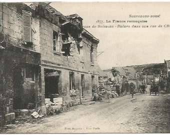 """French Ruins from World War I in Crouy """"less we forget"""" Vintage Postcard"""
