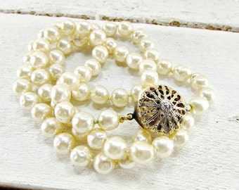 Vintage 1940s Long Hand-Knotted Baroque Pearl Necklace made with Miriam Haskell JAPANESE Glass Pearls- Bridal Jewelry for Wedding Prom