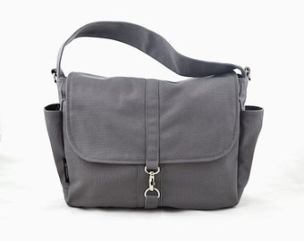 VESTER // Grey / Lined with Beige / 101 // Ship in 3 days // Messenger / Diaper bag / Shoulder bag / Tote / Canvas Bag / Gym bag