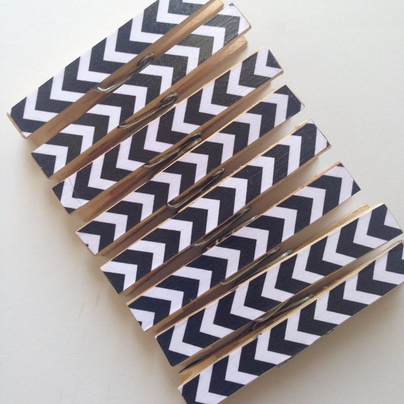 Chevron Clothespins. Set of 8. Black and White. Modern Home. Chip Clip. Peg. Pin. Office. Paper Clip. Home. Kitchen. Gift Wrap. Memo Clip.