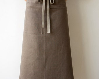 Bistro Apron in Bark