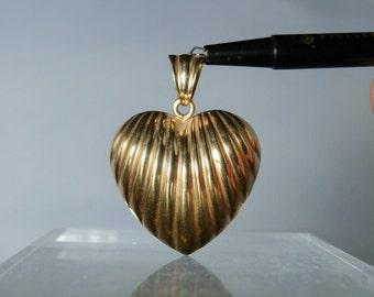 Vintage Jewelry Pendant 14k Gold Italian Heart Design Pendant Jewelry 1.60 inch 6 grams Gift Quality 585 Yellow Gold DanPickedMinerals