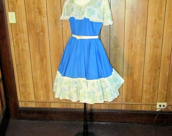 On Sale-Beautiful Full SKIRTED Floral GARDEN Dress