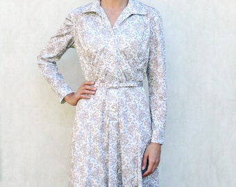 """Vintage paisley printed dress, medium - cream with blue, salmon and ochre . . . . . """"Like"""" our fb page for 10% discount"""