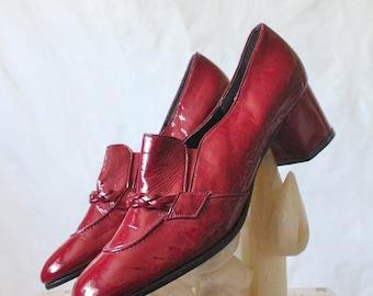 Vintage 60's Cranberry Patent Loafers Sz 8