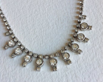 reserved don't buy  Vintage Rhinestones  necklace