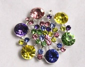 Metal Rhinestone Buttons - Hexagon - MEDIUM 20mm - set of  FIVE - Pastel Rainbow Stones