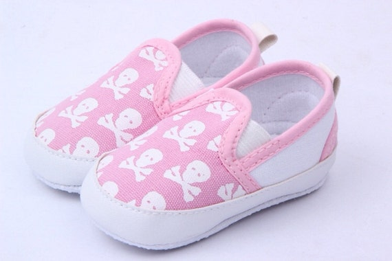skull and crossbones baby shoes black blue pink