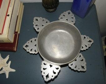 3 Bicentennial Armetale Pewter Dbl Handle Porringer Bowls, Wilton Armatale Bowls