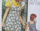Oh So Cute Misses mini dress and smock pattern Simplicity 5465 1970's