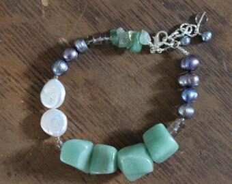 Green Aventurine, Freshwater Pearl, and Smoky Quartz Bracelet
