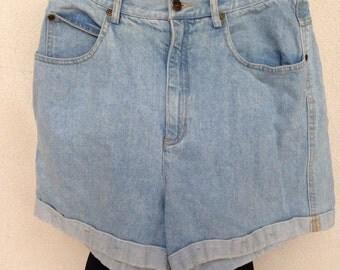 Vintage light blue denim jean shorts high waist Liz Wear sz 14