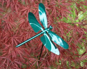 Green Metal Dragonfly Sculpture Lawn Stake