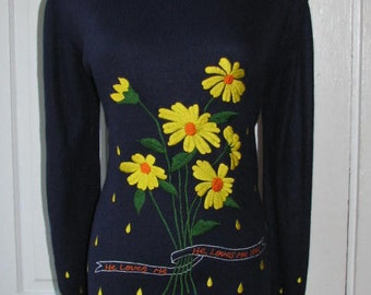 HE LOVE ME He Loves Me Not // Adorable 70's LeRoy Sweater Size M 80's Navy Blue Yellow Daisy Flowers Embroidered