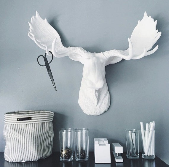 Faux taxidermy large white moose head wall mount wall hanging - Fake moose head mount ...