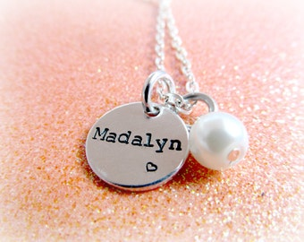Pearl Name Necklace for Her - Mom Sister Best Friend Jewelry Gifts - Personalized Custom Charms - Everything Pretty