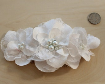Wedding Hair Accessory / White Wedding Hair Flowers / Wedding Hair Piece / Bridal Hair Accessories / Bridesmaids Hair / Pearl / Crystal