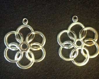 Fancy Silver Plated  Filigree Flower Medallions/ Daisy Pendant / Vintage Jewelry Finding