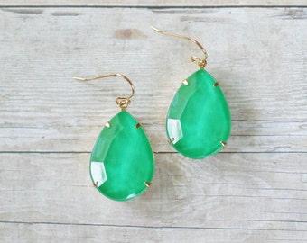 Kelly Green Teardrop Earrings, Green Statement Earrings, Large Teardrop Earrings, Green Bridesmaid Earrings