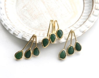 Set of Gold Plated Stud Earrings and Ring with Framed Green Jade