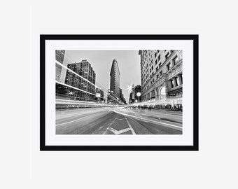 Framed Photography Print, Black and White Photo, Flatiron Building, New York City, NYC Photograph, Manhattan, Large Wall Art, Ready to Hang