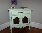 French Provincial Nightstand/Bedside Table/Entryway Table/End Table