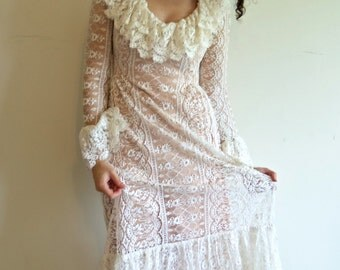Vintage Designer Victor Costa Off White and Pink Blush Lace Maxi Boho Hippie Wedding Dress Gown