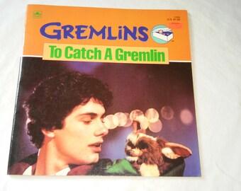 """Vintage 80's Kids Movie Book, """"Gremlins: To Catch a Gremlin""""  1984"""
