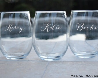 2 Personalized Bridesmaid Gifts, Stemless Wine Glasses, Wedding Toasting Glasses, Custom Wine Glass, Gift for Bridesmaids, Stemless Wine