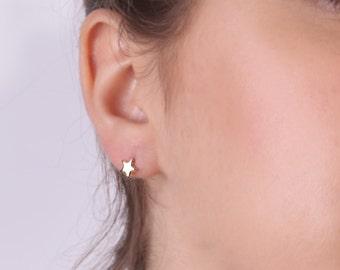 sterling silver stud earrings,star earrings,stud earrings,tiny star earrings,silver stud earrings,star jewelry -30022