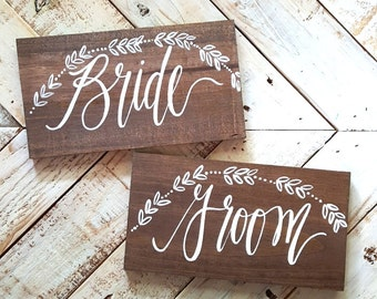 Bride and Groom Chair Signs with Laurel Wreath, Rustic Wedding Signs, Photo Prop Signs, Boho Wedding | 10x5.5 Set