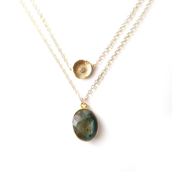 Labradorite Layer Necklace, Gold Layer Necklace, Labradorite Necklace, Delicate Gold Necklace, Gold Frame Gemstone Necklace, Dainty Gold