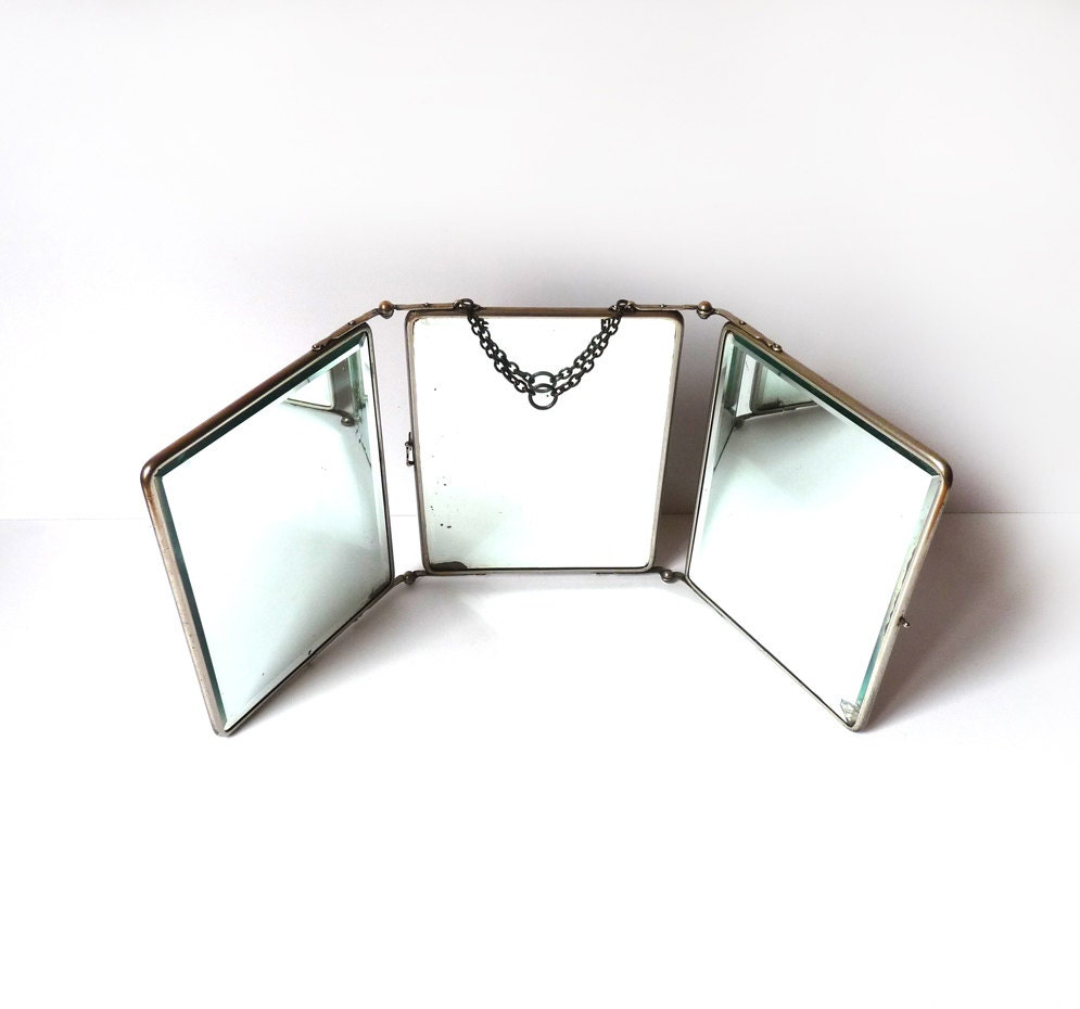 Vintage barber mirror with beveled glasses trifold mirror for Miroir 3 volets