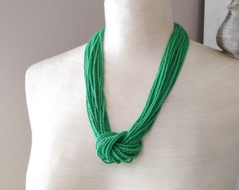 Kelly green necklace, seed bead necklace, green statement necklace,knot necklace,bridesmaid gift,beaded necklace,gift ,wedding,bridesmaid