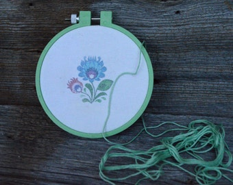 Circle of embroidery - transfer