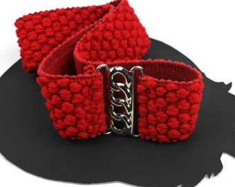 Red Nubby Elastic Belt with Silver Chain Link Buckle