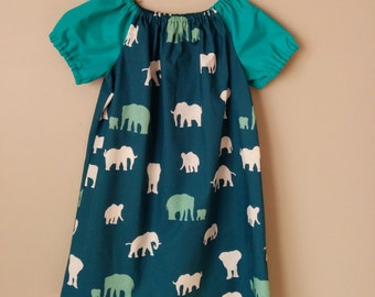 Girls Peasant Style Dress. Herd on the Serengeti. Size 4.