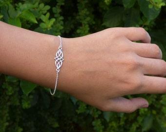 Silver bracelet, Silver infinity knot Bracelet, Silver Bracelet for everyday, Silver infinity, everlasting lover, enternity, gift for BFF
