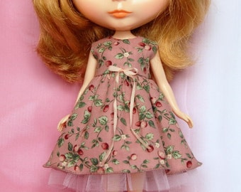 Blythe party Strawberry dress