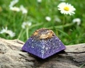 Mini AMETHYST Orgone Pyramid - Feng Shui Decor and Spiritual Gift - Balance and Meditation - Crown Chakra Healing